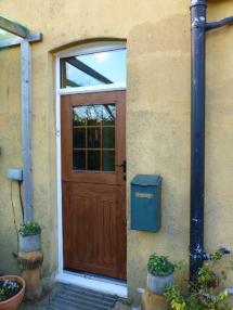 <h5>Stable Door</h5>